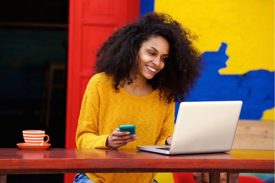 Entrepreneur learning online